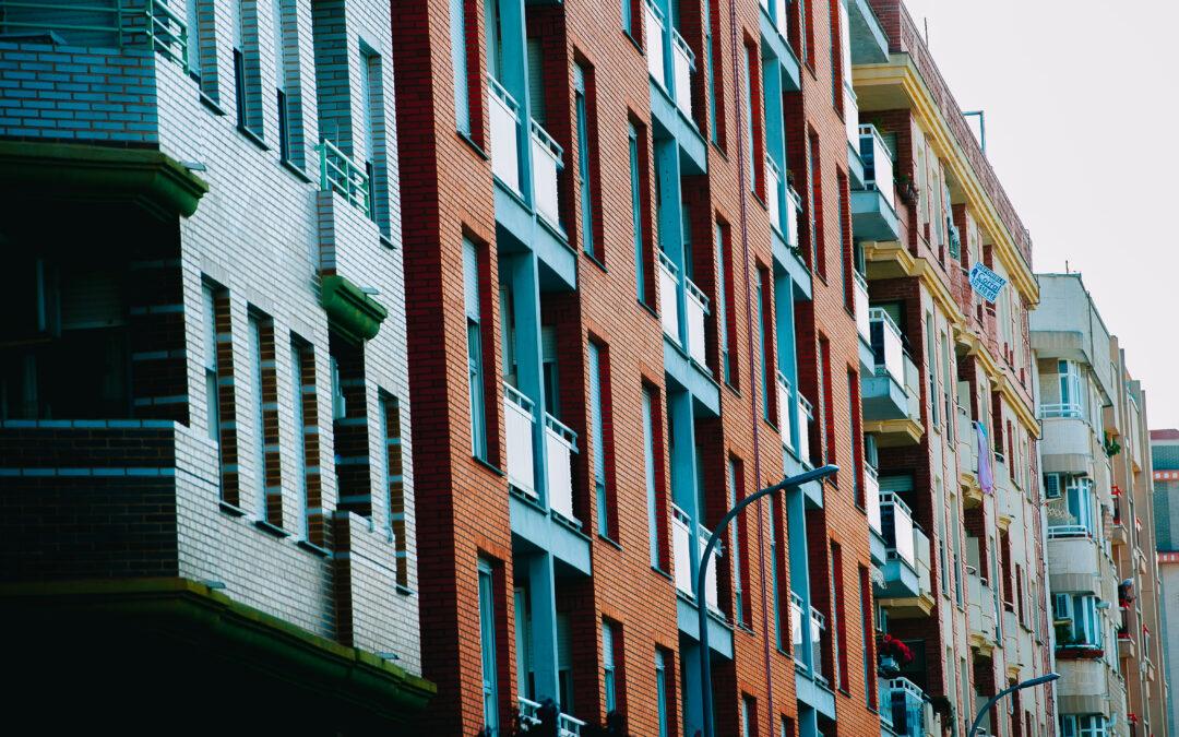 Val ncia se sube al carro para frenar el aumento de pisos for Pisos turisticos madrid