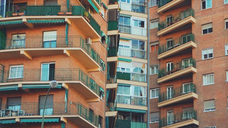 Diferencias entre un building manager y un administrador de fincas